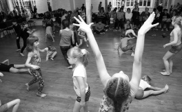 Дитячий фізичний театр Марини Лимар